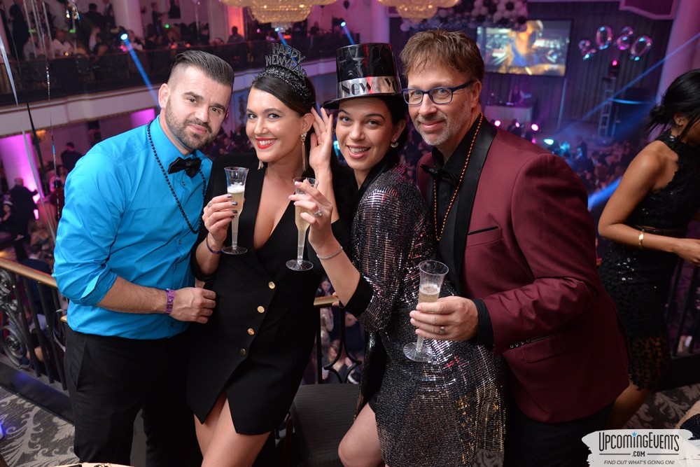View photos for Glitter City Gala NYE Party at The Bellveue Hotel